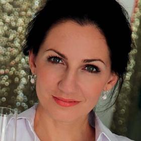 Mgr. Eva Petöcz